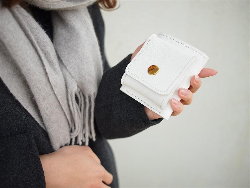 三つ折り財布 コンパクト おしゃれ  ホワイト モノトーン レザー 革 bagbus バッグバス